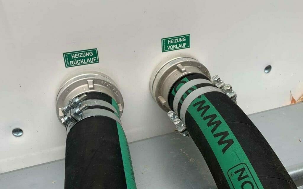 Anschluss einer mobilen Heizung mit Vorlauf und Rücklauf Schlauch DN 80